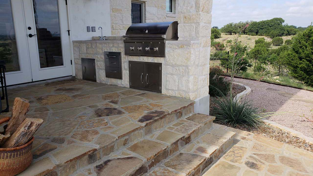 Outdoor Kitchen With Flagstone Patio And Fire Pit Sierra Landscape